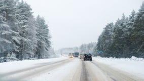 Ruchu drogowego dżem powodować ciężkim opadem śniegu Zdjęcie Royalty Free