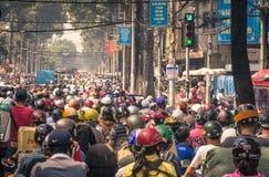Ruchu drogowego dżem w HO CHI MINH mieście, WIETNAM Fotografia Royalty Free