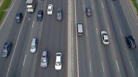 Ruchu drogowego dżemu pojęcie Ciężki ruch drogowy na drodze zbiory wideo