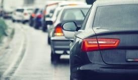 Ruchu drogowego dżemu samochody czeka na ruchliwie drodze Fotografia Royalty Free