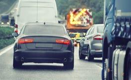 Ruchu drogowego dżemu samochody czeka na ruchliwie drodze Obraz Stock