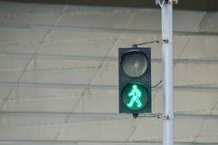 Ruchu drogowego zielonego światła tło obrazy royalty free