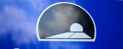 ruchu drogowego znak tunel Zdjęcia Royalty Free