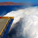 ruchu przypływu abstrakcjonistyczna piana i spienia w morzu mediterrane Fotografia Royalty Free
