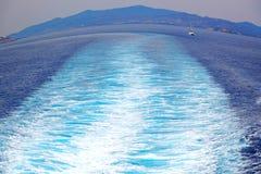 ruchu przypływu abstrakcjonistyczna piana i spienia w morzu mediterrane Obraz Stock