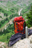 Rucksack, rope and thermos Royalty Free Stock Photography