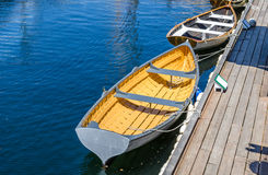 Ruderboot im Hafen Lizenzfreies Stockbild