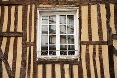 Rudern Sie alte Fachwerkbauten in Rennes, Bretagne, Frankreich stockbilder
