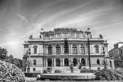 Rudolfinumgalerij in Praag, Tsjechische Republiek stock foto's