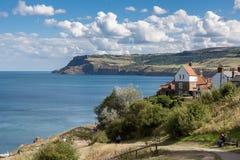 RUDZIKA kapiszonu zatoka, północ YORKSHIRE/UK Sceniczny widok o - SIERPIEŃ 22 - Zdjęcia Royalty Free