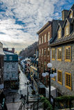 Rue在更低的老镇Basse-Ville -魁北克市,加拿大的du小Champlain 库存图片