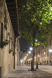 Rue à Bucarest - scène de nuit Photo libre de droits