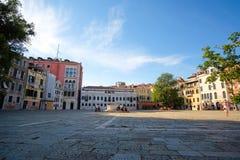Rue à un centre de Venise Images stock