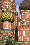 Rue Église de basilic à Moscou photo libre de droits