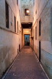 Rue étroite en Médina de Fez Photos libres de droits
