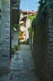 Rue arrière de Lezzeno Images stock