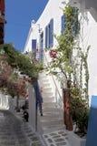 Rue arrière de ville de Mykonos Image libre de droits