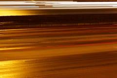 Rue asphaltée par nuit de route Photos libres de droits