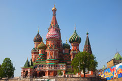Rue Basilic cathédrale, Moscou Photographie stock libre de droits