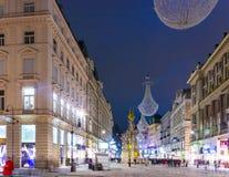 Rue célèbre de Graben la nuit Photos stock