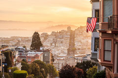 Rue célèbre de Lombard à San Francisco Images stock