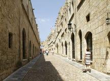 Rue célèbre des chevaliers allant au palais du mA grand photographie stock
