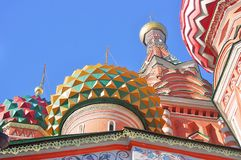 Rue Cathédrale de basilic, grand dos rouge, Moscou, Russie Photo stock