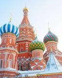 Rue Cathédrale de basilic, grand dos rouge, Moscou, Russie Monde de l'UNESCO il Image libre de droits