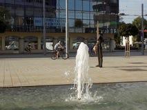 Rue centrale dans une petite ville Photo libre de droits