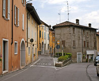 Rue colorée en Italie Image libre de droits