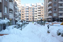Rue couverte de neige Photos libres de droits