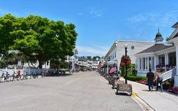 Rue d'île de Mackinaw en été images libres de droits