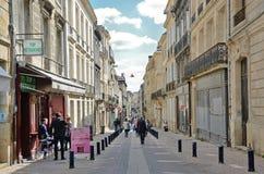 Rue d'achats au Bordeaux français de ville Photographie stock libre de droits