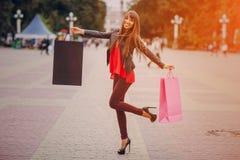 Rue d'achats de mode photographie stock