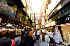 Rue d'achats de Myeong Dong : Corée Photo libre de droits