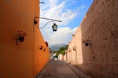 Rue d'Espagnol de point de vue de Yanahuara Image stock
