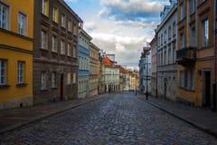 Rue dans la vieille ville à Varsovie 27 novembre 2016 Images stock