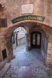 Rue dans la vieille ville Eze dans les Frances photos libres de droits