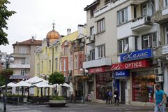 Rue dans la ville de Burgas en Bulgarie Photo libre de droits