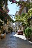 Rue dans la ville de Corfou photos libres de droits