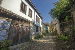 Rue dans le village de Cumalikizik photos libres de droits