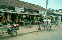 Rue dans Wadduwa, Sri Lanka Images libres de droits