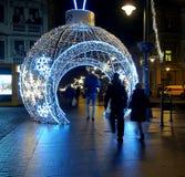 Rue de babiole de Noël images libres de droits