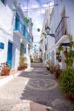 Rue de bleu de Frigiliana photo stock