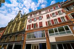 Rue de bourg de rue de Lausanne en Suisse image stock