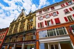 Rue de bourg de rue de Lausanne en Suisse images stock