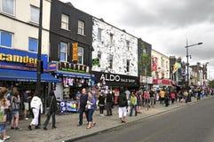Rue de Camden à Londres, Royaume-Uni Photographie stock