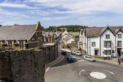 Rue de château, Conwy, Pays de Galles du nord Image stock