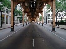 Rue de district des affaires de Chicago Images stock