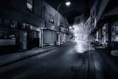 Rue de Doyers par nuit images stock